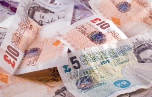 Retirement Savings in the UK!  The Stocks and Shares or Cash ISA